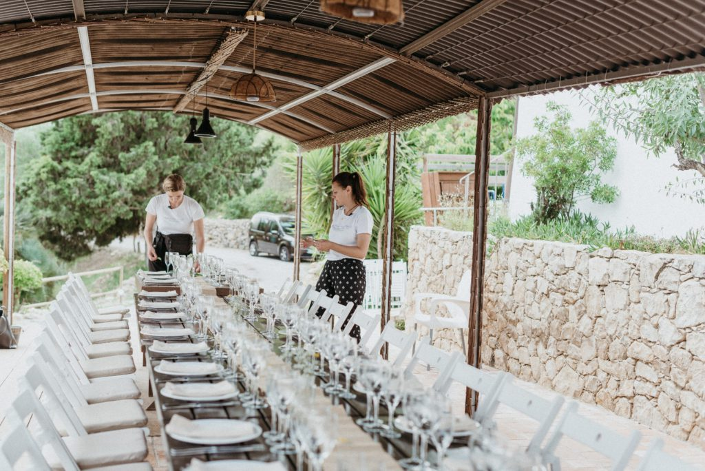 barcelona-brides-rural-Rural-Vineyard-Wedding